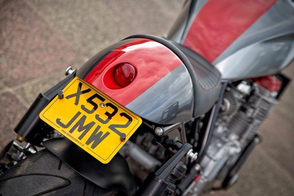 XJR-Cafe-Racer