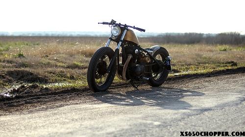 Cassio's XS650 Bobber