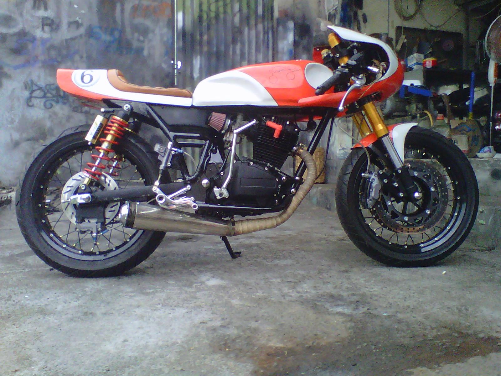 Gl Cafe Racer
