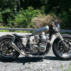 Honda CB750 Bratstyle by Mark Alderfer