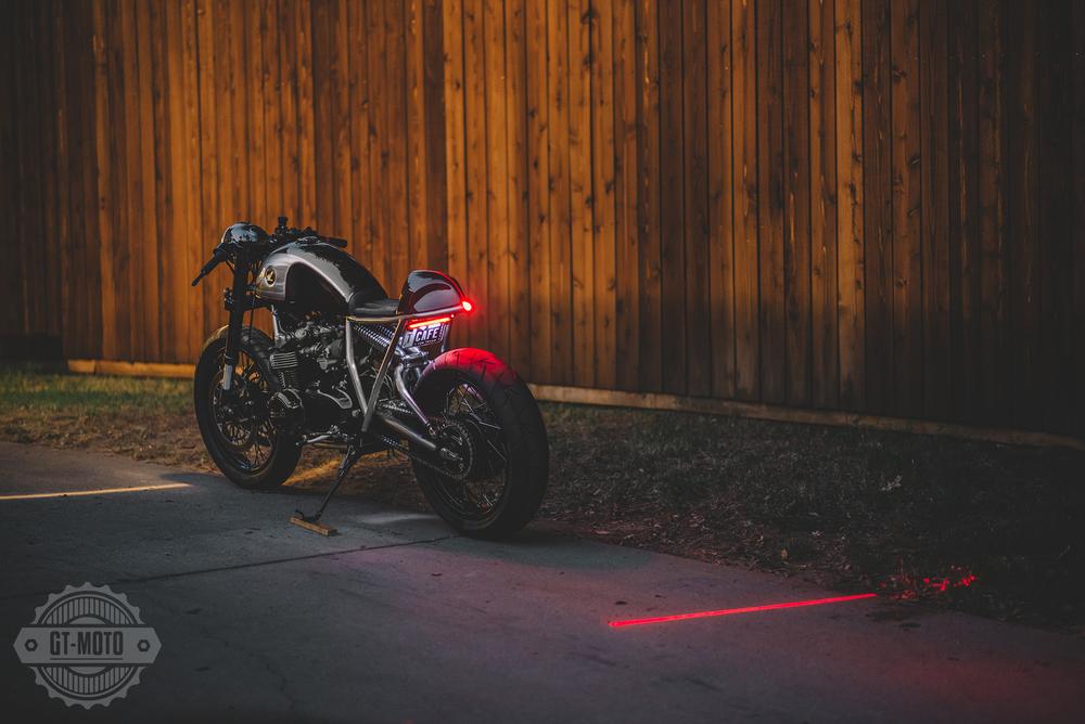 Honda-CB550-Cafe-Racer-GT-Moto-3