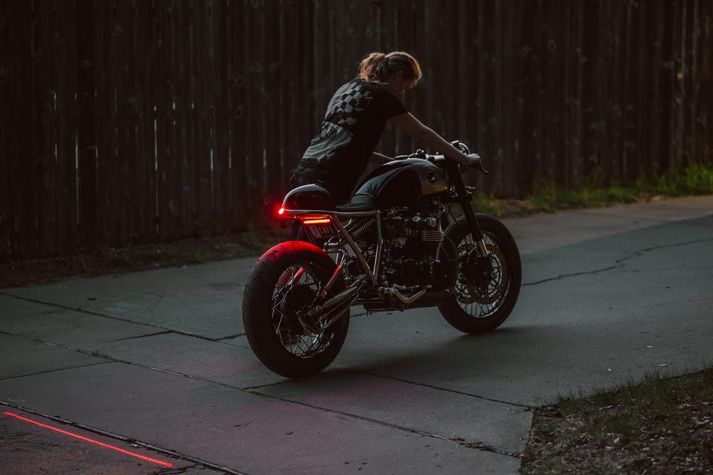 Honda-CB550-Cafe-Racer-GT-Moto-6