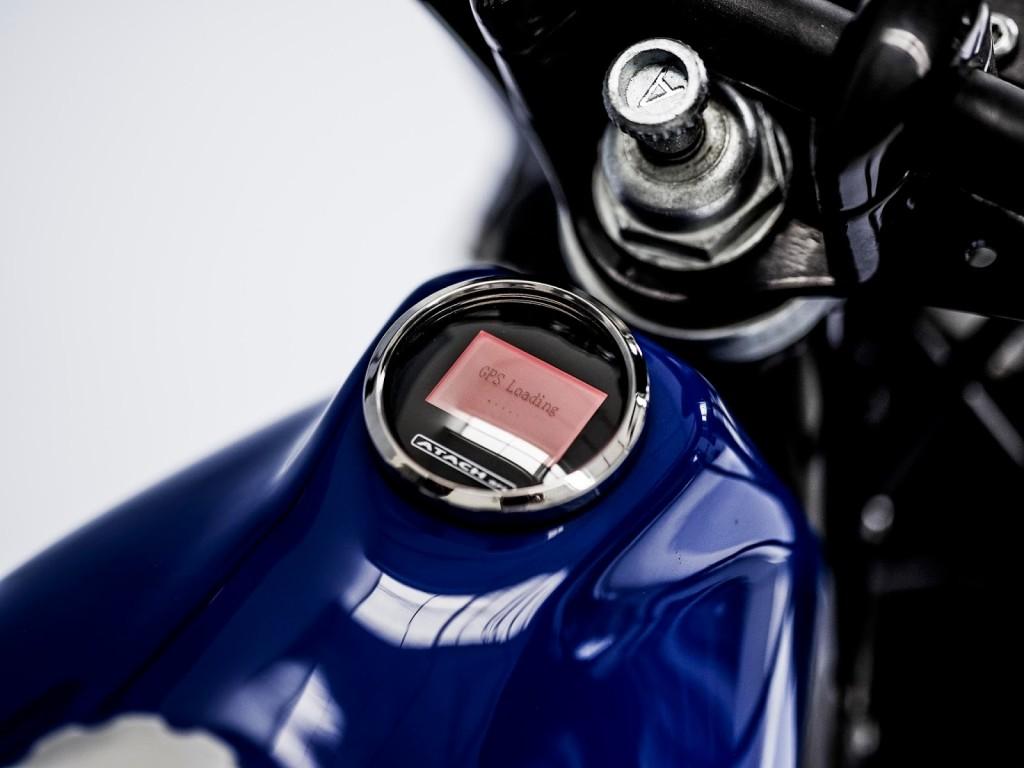 R100 GPS Speedo