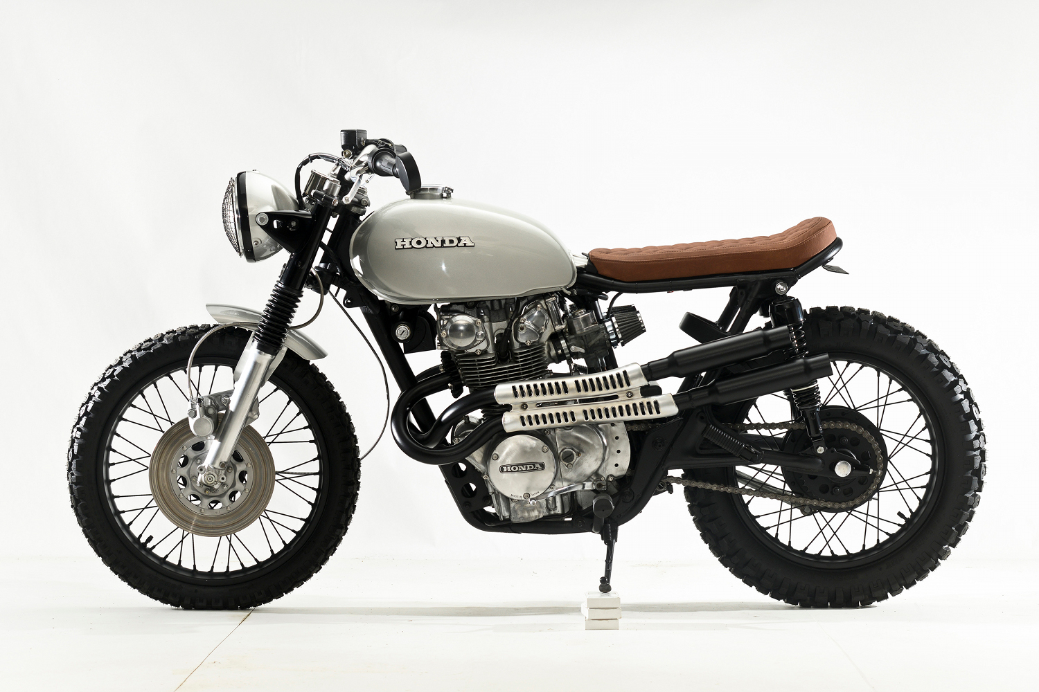 Honda CB450 Scrambler By Steel Bent Customs