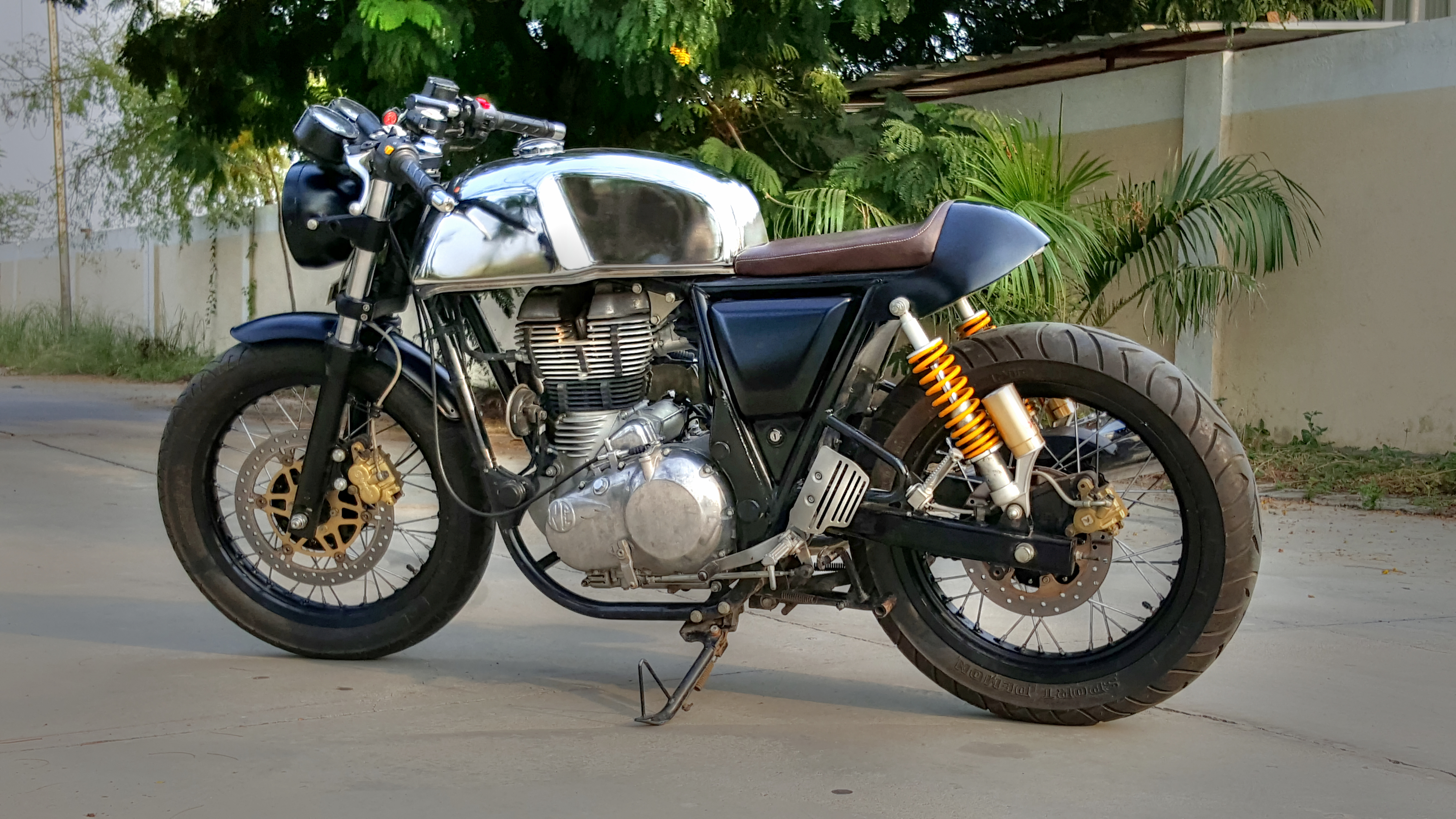 Royal Enfield Gt Cafe Racer By J D