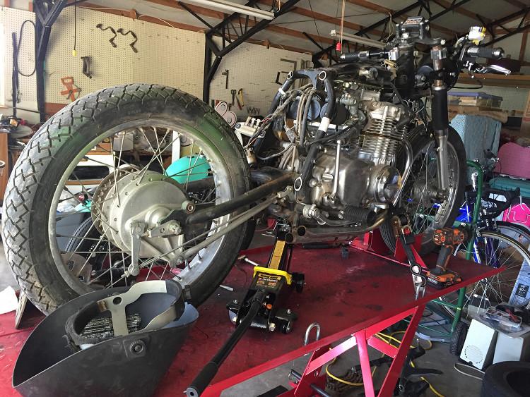 Honda-CB350-Four-Cafe-Racer-2