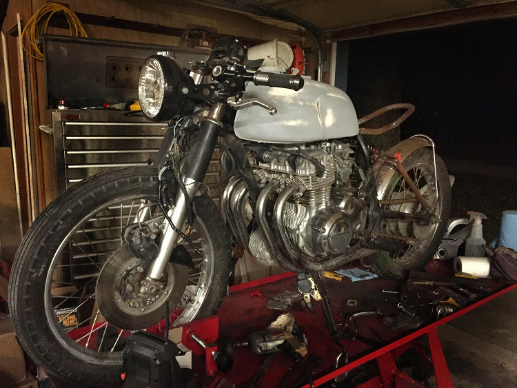 Honda CB350 Four Cafe Racer 5