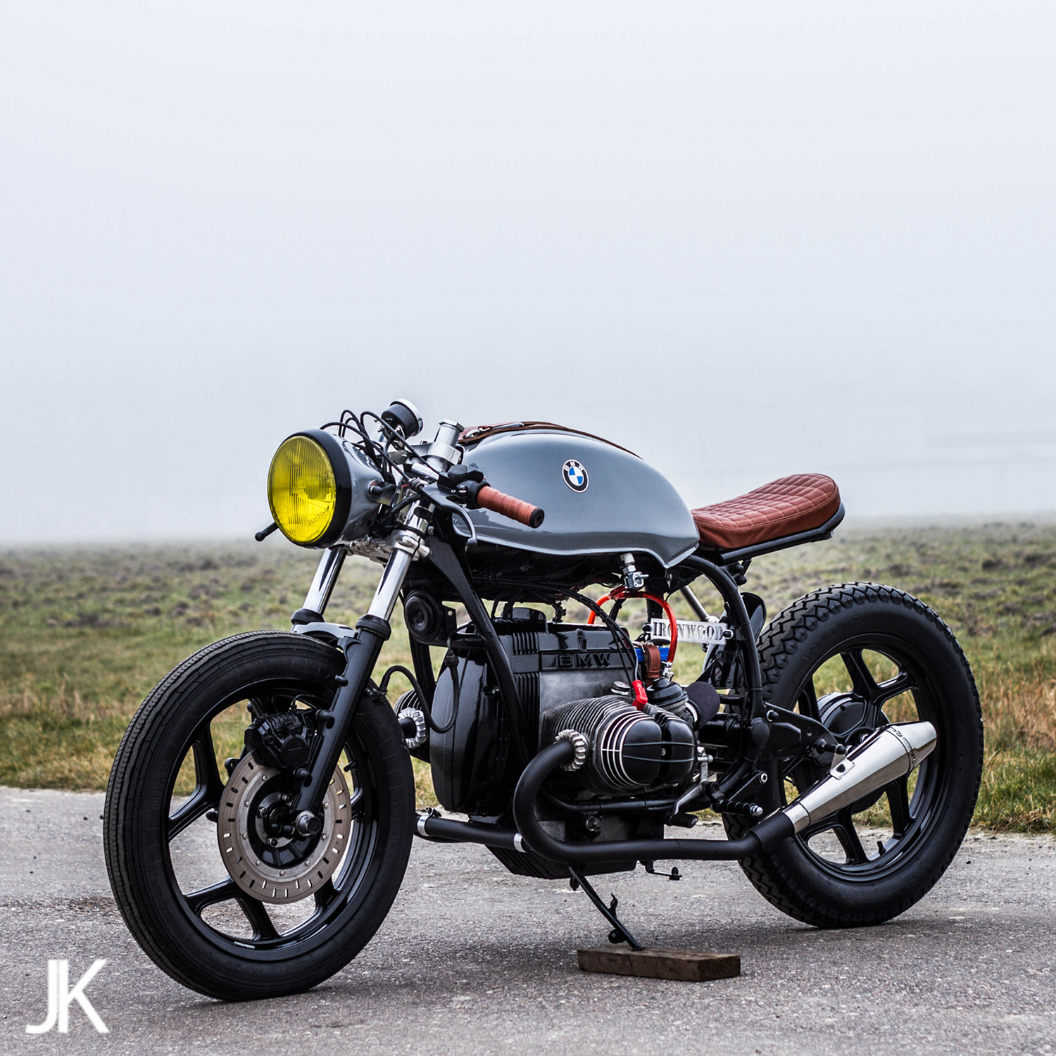 Favoloso BMW R80 Cafe Racer by Ironwood Custom Motorcycles – BikeBound UJ85