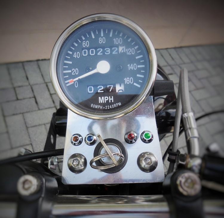 Kawasaki-KZ650-Cafe-Racer-11