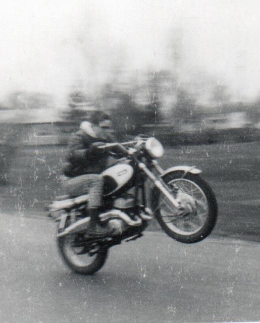 Ducati-900SS-Cafe-Racer-11