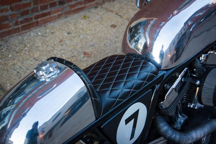 Harley-Sportster-Cafe-Racer-10