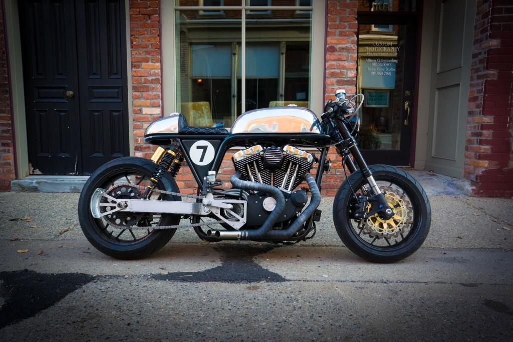 Harley-Sportster-Cafe-Racer-2