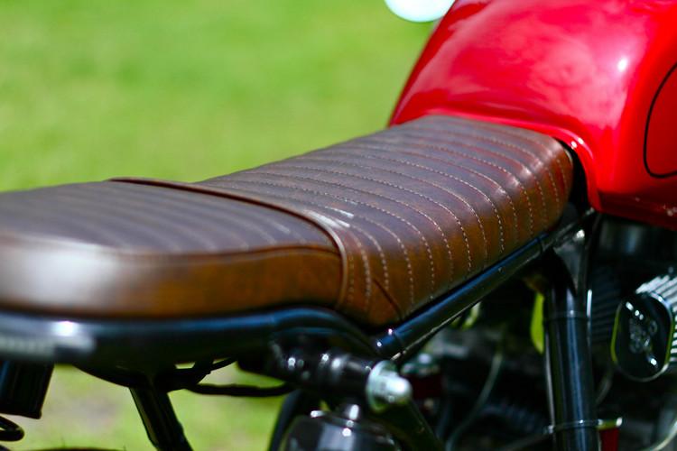 Honda CB750 Brat Seat