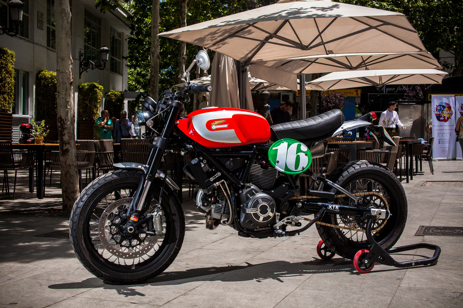 custom ducati scrambler by xtr pepo bikebound. Black Bedroom Furniture Sets. Home Design Ideas