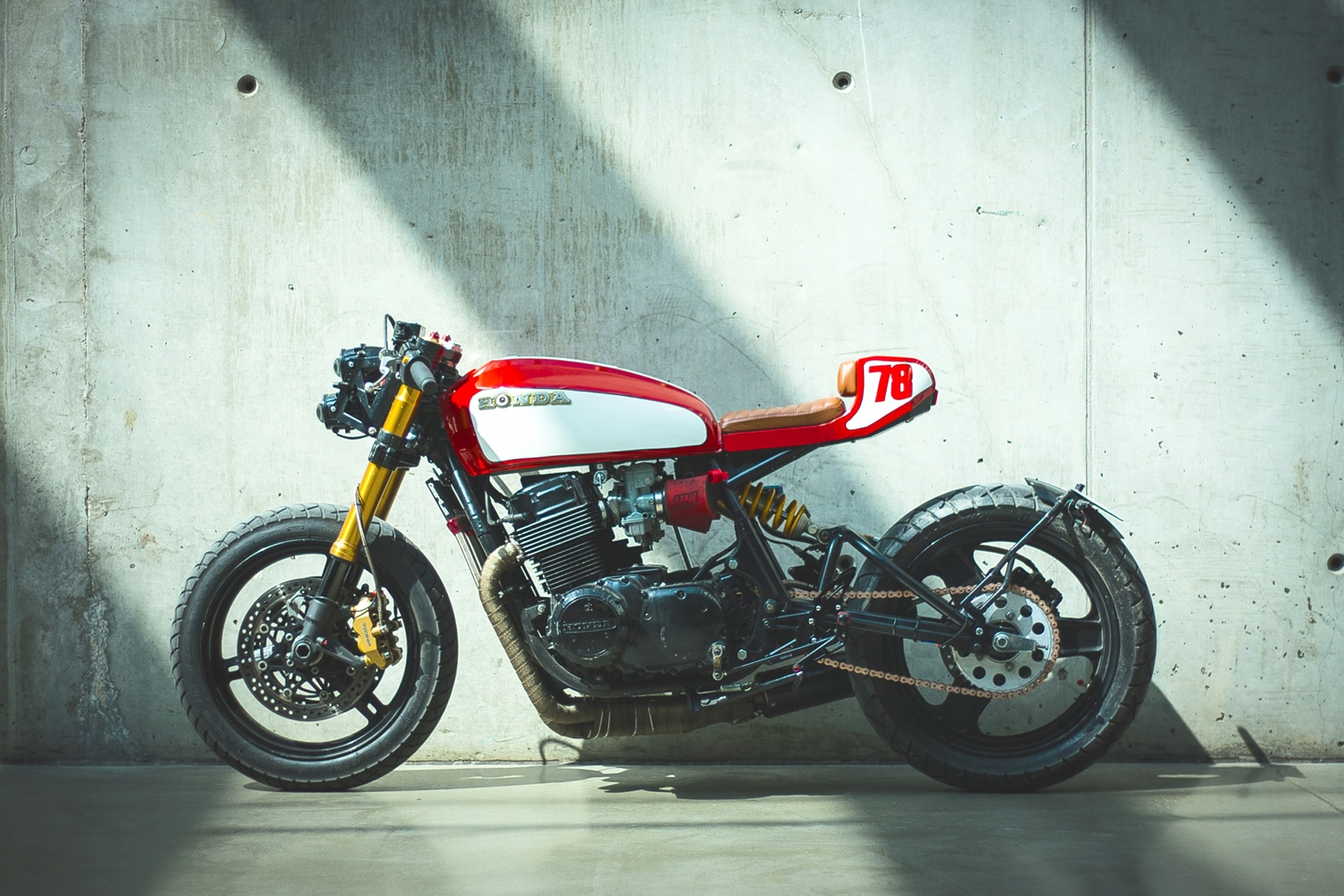 Monoshock Cb750 Cafe Racer By Andrew Wales Bikebound