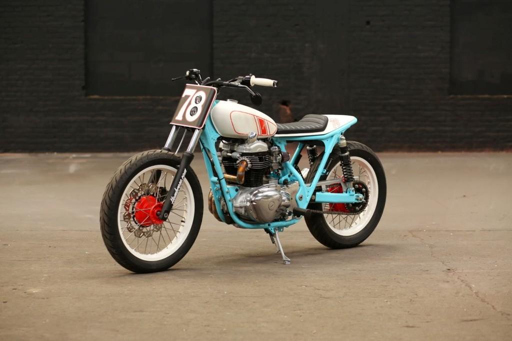 Kawasaki-W650-Tracker-11