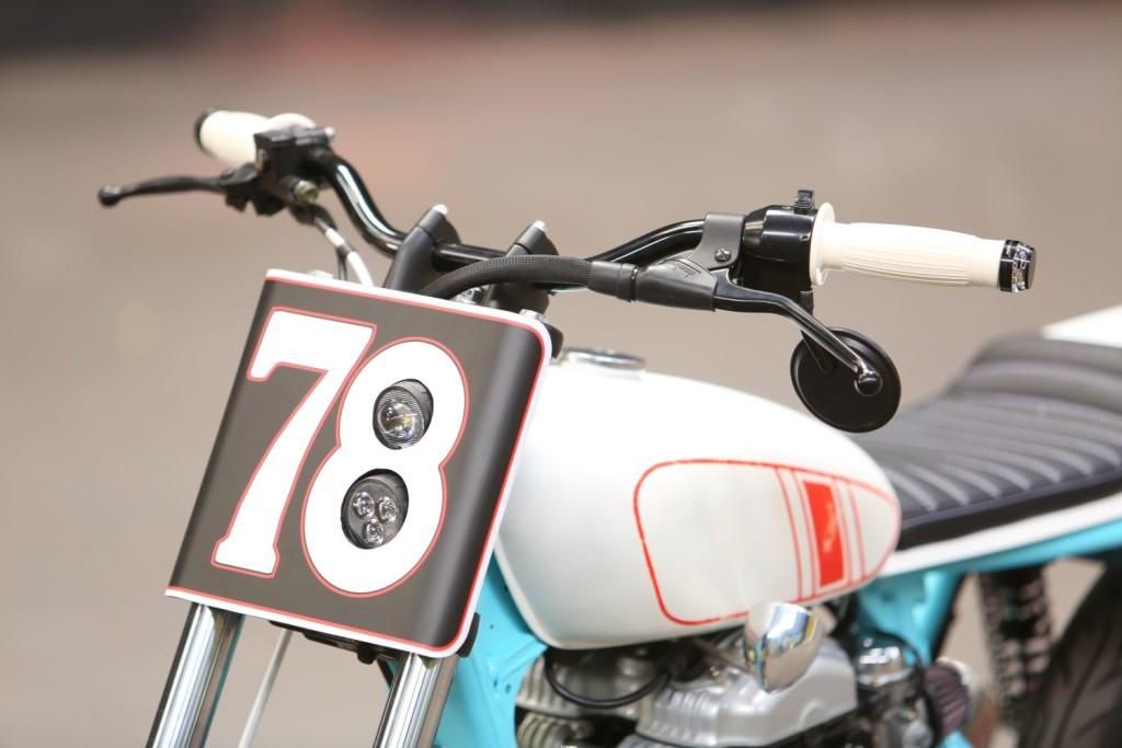 Kawasaki-W650-Tracker-4
