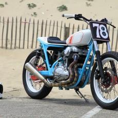 Kawasaki W650 Street Tracker by Hombrese Bikes