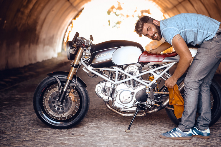 Ducati Monster 600 Cafe Racer By Wrench N Wheels Bikebound
