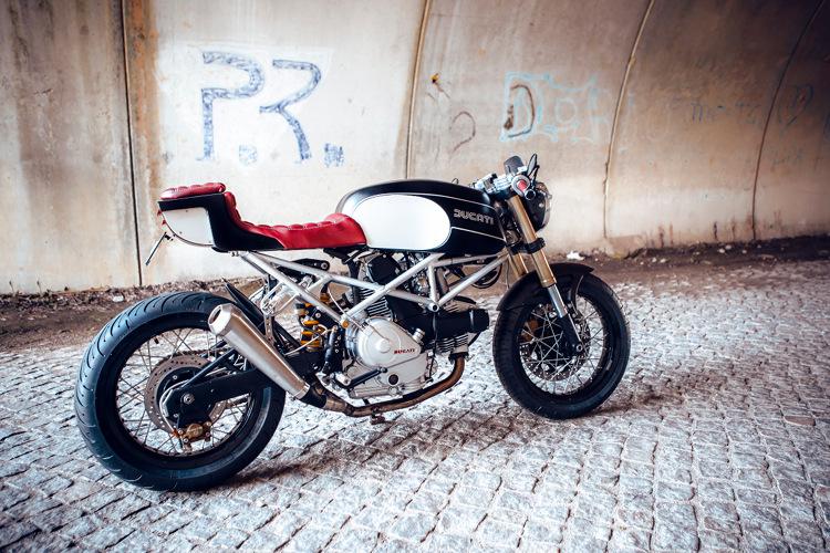 Ducati-Monster-600-Cafe-Racer-2