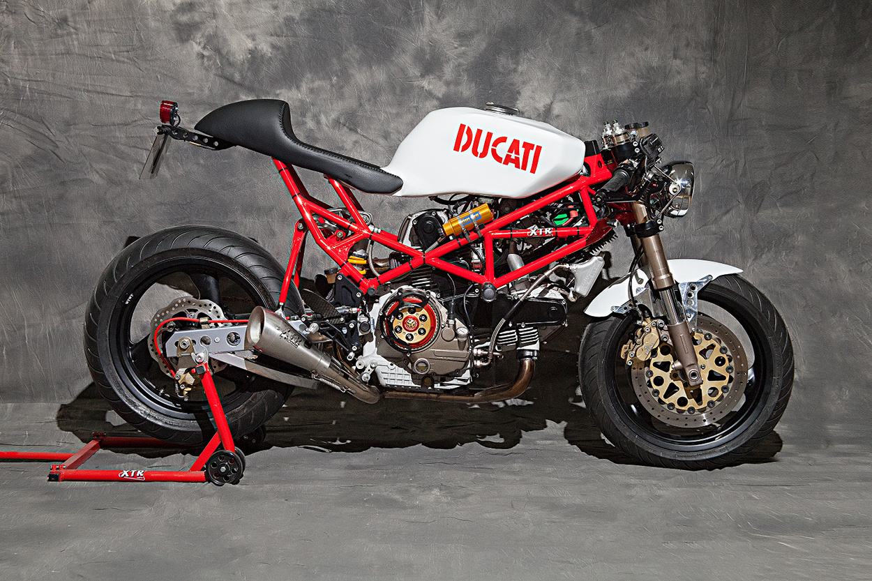ducati monster cafe racer by xtr pepo bikebound. Black Bedroom Furniture Sets. Home Design Ideas