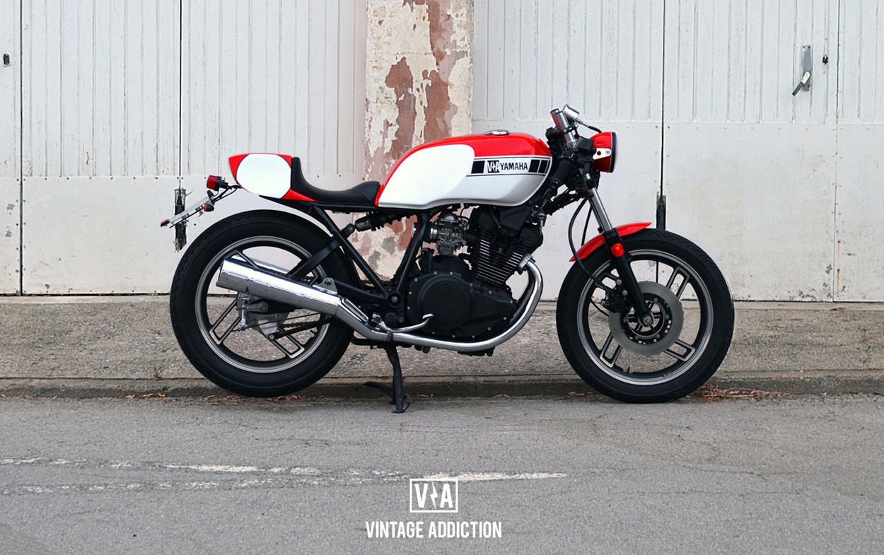 yamaha xs400 cafe racer by vintage addiction crew bikebound. Black Bedroom Furniture Sets. Home Design Ideas