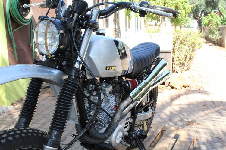 Yamaha-XT350-Scrambler-1