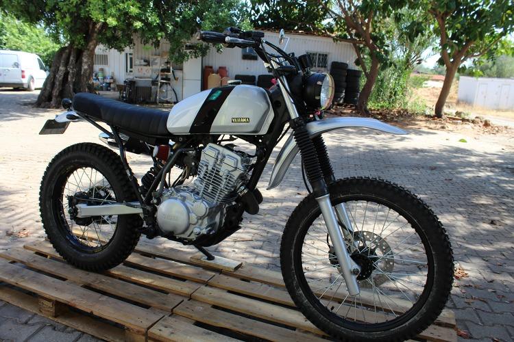Yamaha-XT350-Scrambler-8