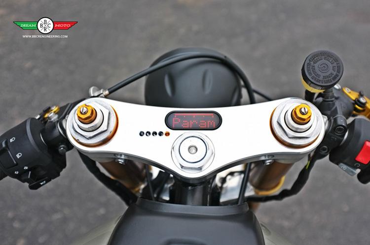Honda CB750F Cafe Racer 9
