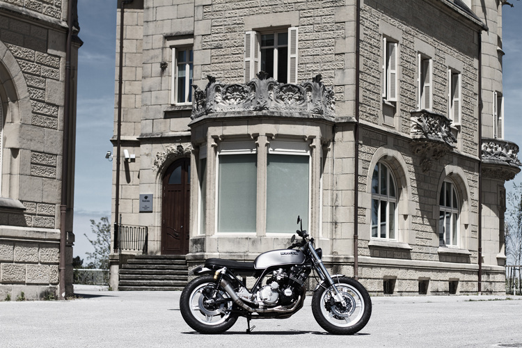 Honda-CBX-Custom-Cafe-Racer-1
