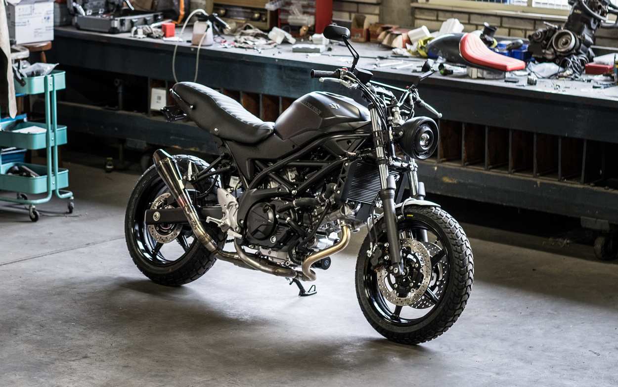 suzuki sv650 scrambler by moto adonis bikebound. Black Bedroom Furniture Sets. Home Design Ideas