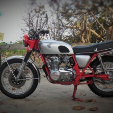 Honda CB550F Restomod by OtC Custom