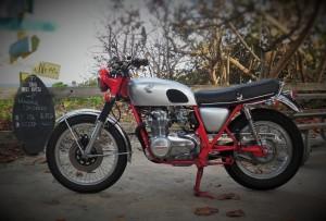 Honda CB550 Scrambler