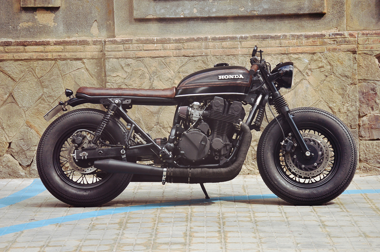 Exceptionnel Honda CB750 Nighthawk Cafe Racer by Overbold Motor Co. – BikeBound GQ88