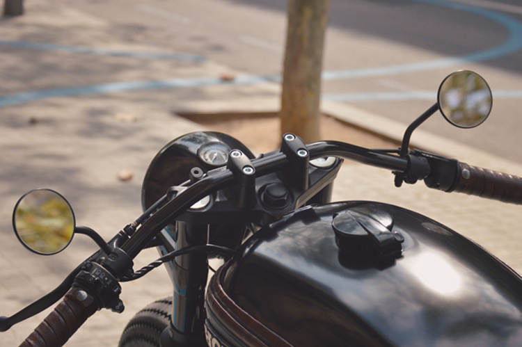 Honda-CB750-Nighthawk-Cafe-Racer-4