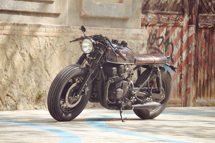 Honda-CB750-Nighthawk-Cafe-Racer-5