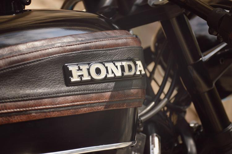 Honda-CB750-Nighthawk-Cafe-Racer-6