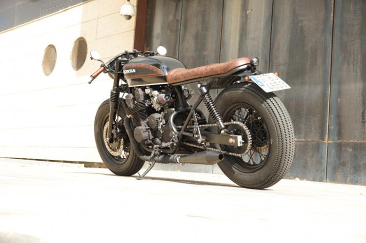 Honda-Nighthawk-Cafe-Racer-1