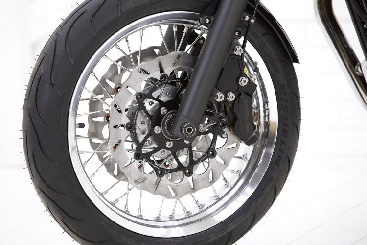 Triumph-Bonneville-T100-Cafe-Racer-7