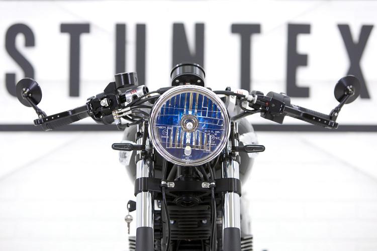Triumph-Bonneville-T100-Cafe-Racer-8