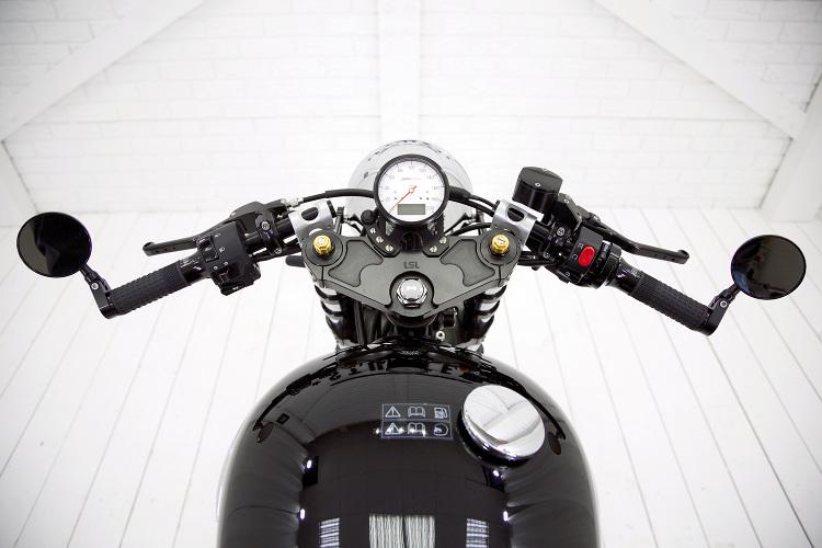 Triumph-Bonneville-T100-Cafe-Racer-9