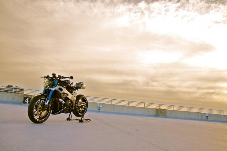 Suzuki-TL1000R-Cafe-Racer-10