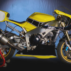 Yamaha R1 Cafe Racer by Vintage Addiction Crew