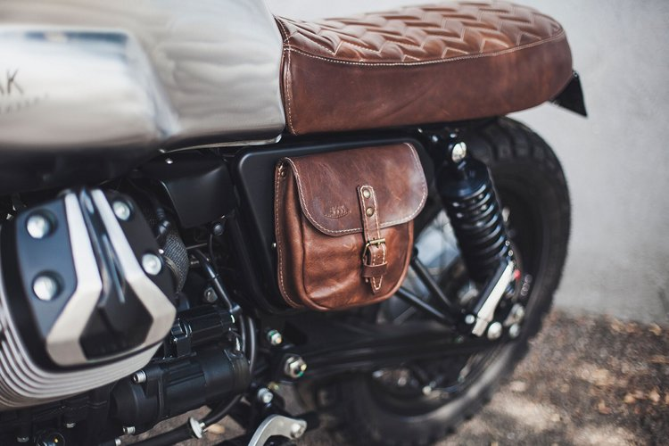 Moto Guzzi V7 Scrambler Leather