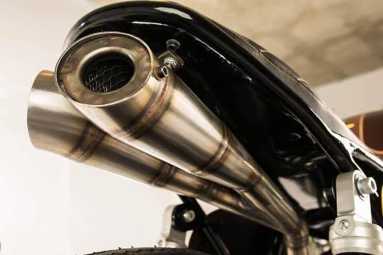BMW airhead custom exhaust