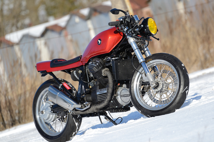 Honda GL650 Silverwing Cafe Racer