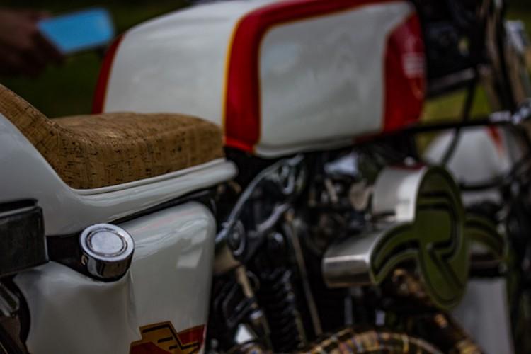 Harley Davidson: Harley Ironhead Cafe Racer By Redonda Motors