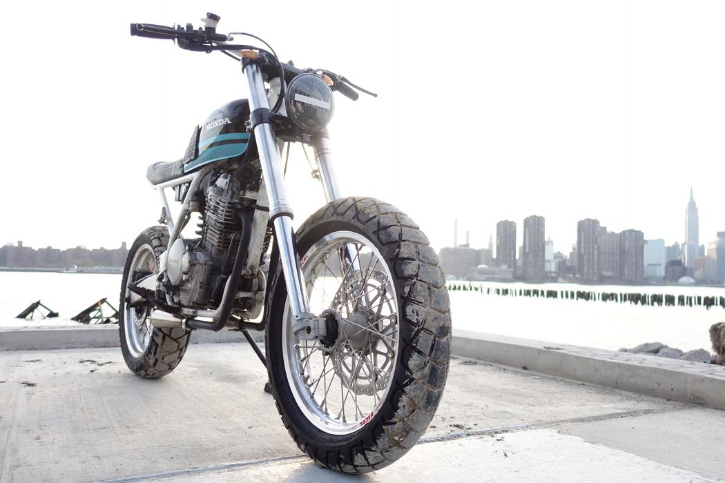 """Honda XR650 Tracker: """"Alley Cat"""" – BikeBound"""