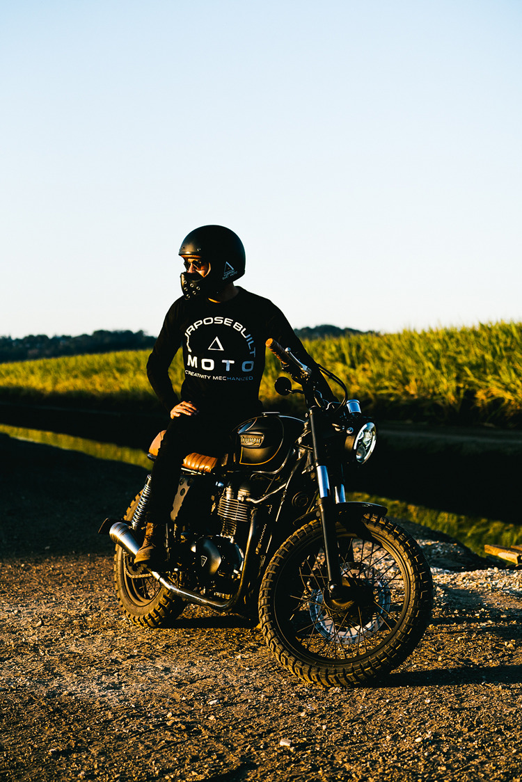Triumph t100 scrambler by purpose built moto bikebound for Construction bonneville