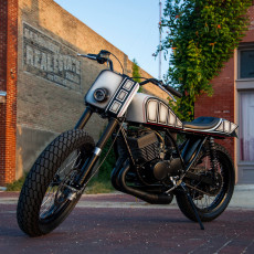 Yamaha RD400 Street Tracker by Mark Miller